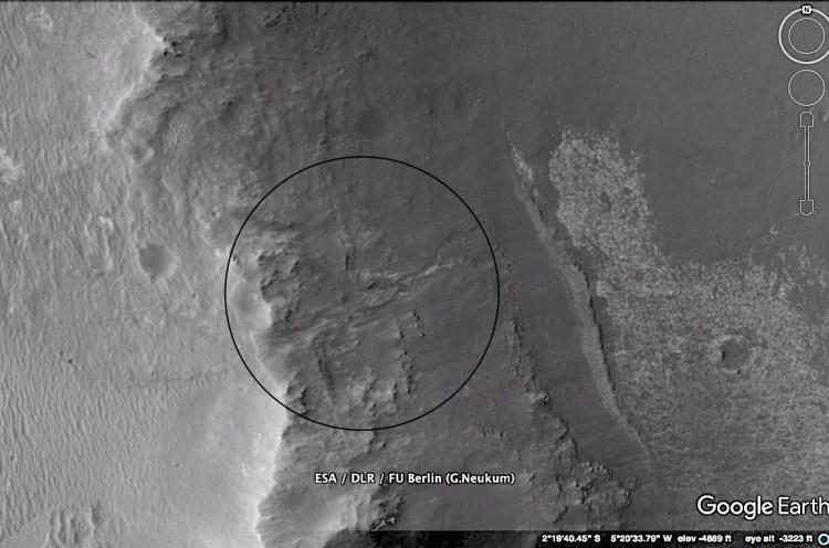 The gully as seen in Mars images on Google Earth. Image Credit: ESA/DLR/FU Berlin (G.Neukum)/Paul Scott Anderson