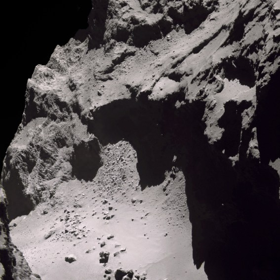 The craggy surface of Comet 67P seen in incredible detail. Image Credit: ESA/Rosetta/NAVCAM – CC BY-SA IGO 3.0