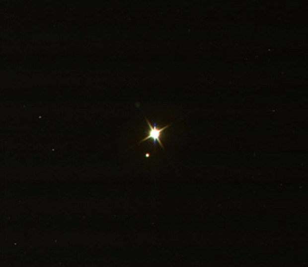 Zoomed-in view of Earth and Moon as seen by Cassini on July 19, 2013. Click for larger version. Credit: NASA / JPL-Caltech