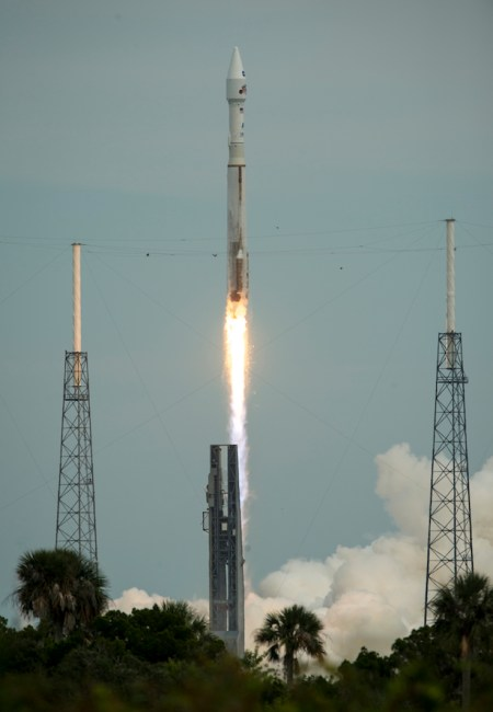 The MAVEN spacecraft is launched on Nov. 18, 2013 for a 10-month journey to Mars. Credit: NASA/Bill Ingalls