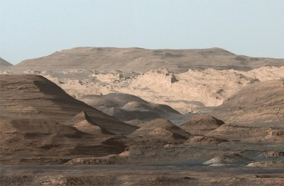 The foothills of Mount Sharp are reminiscent of the south-western USA, with mesas, buttes and valleys. The lower slopes of Mount Sharp were formed from sedimentary deposits in the former lake(s). Image Credit: NASA/JPL-Caltech/MSSS