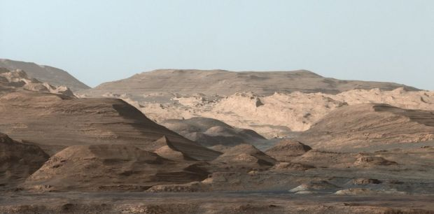 Stunning view (white-balanced) of the mesas and buttes in the foothills of Mount Sharp, past the dunes. Image Credit: NASA/JPL-Caltech/MSSS