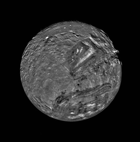 Miranda seen by Voyager 2. © NASA/JPL/USGS