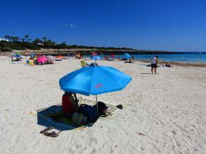 Parasol protection solaire plage Menorque