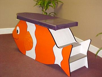 little fishy kids chiropractic table