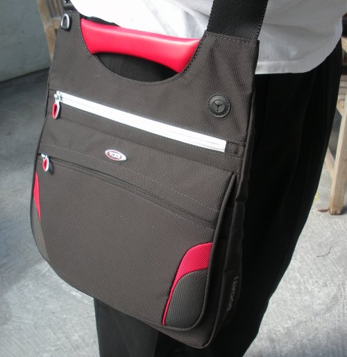 man-purse-tumi