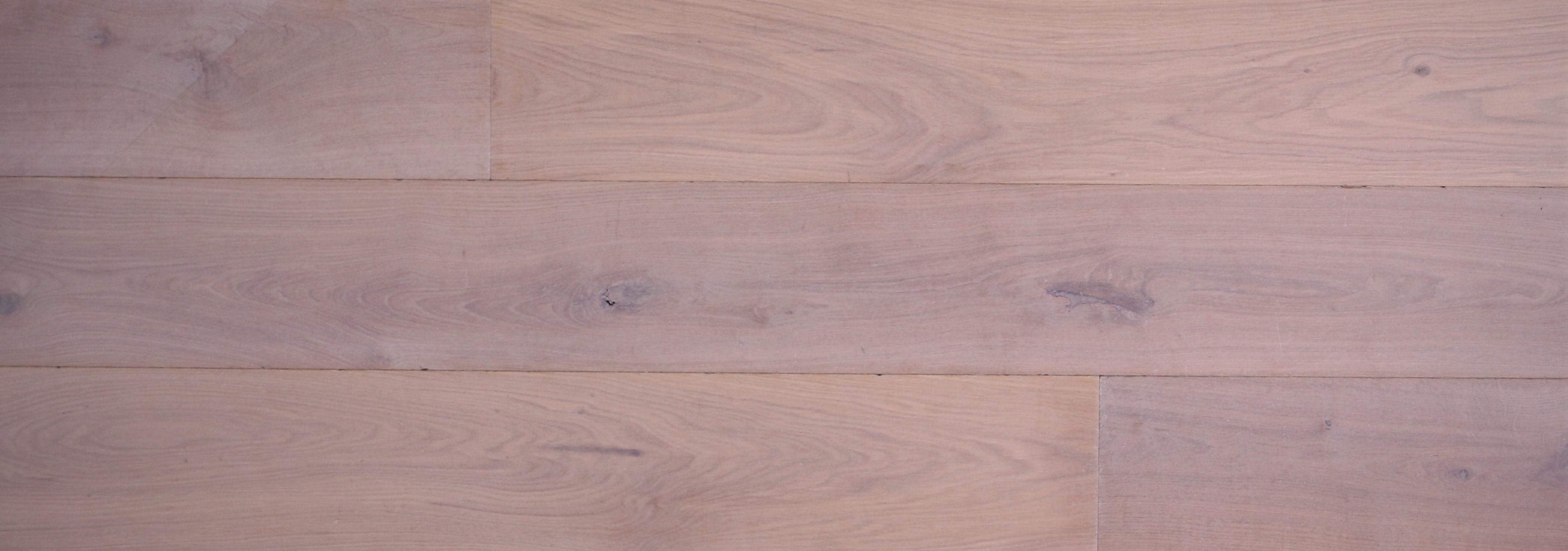 bois vieillis parquet chene vieilli blanchi larg180 99 ttc m planete parquets bois vieillis nantes