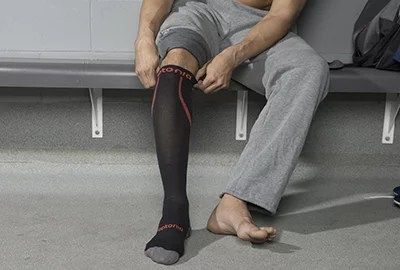 comment-choisir-recuperation-chaussettes-compression-photo