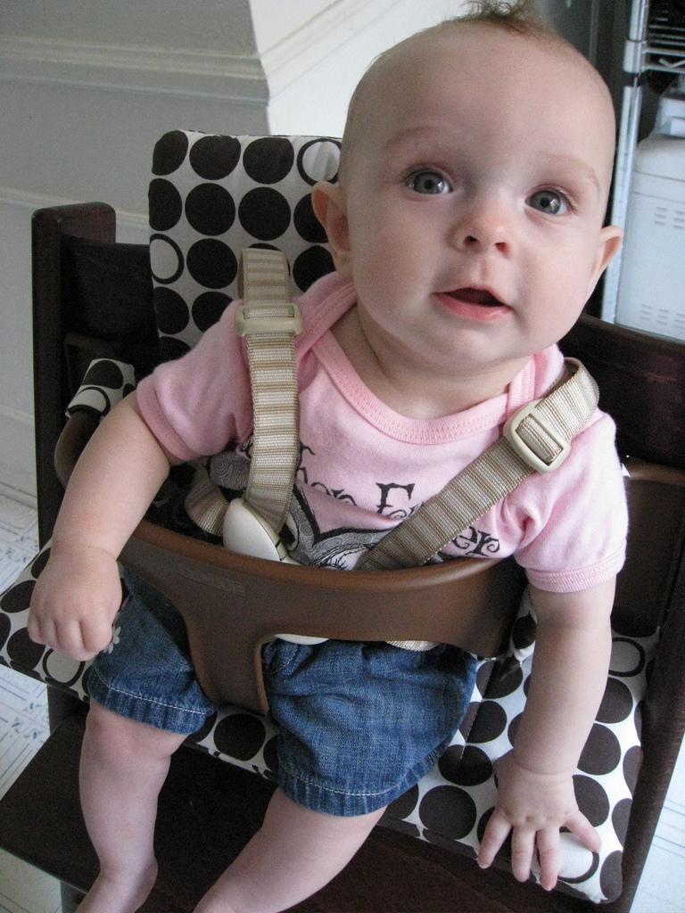 Greta in her new Stokke Tripp Trapp high chair #3