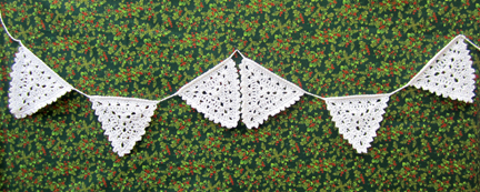 Christmas Crochet Bunting Pattern