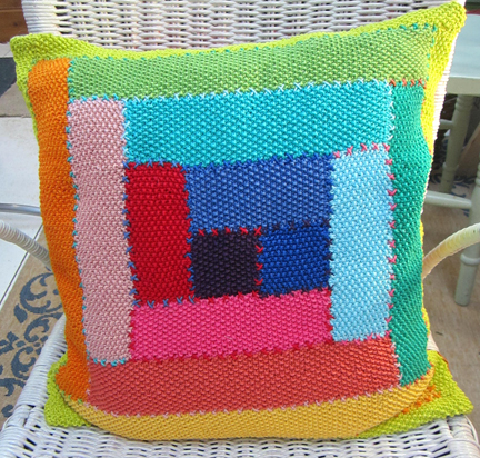 Log cabin moss stitch cushion