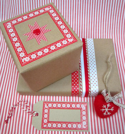 Red and White paper tape/BrownPaper - Advent Calender Day 1