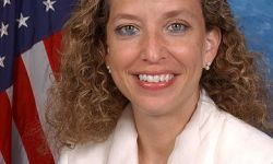 390px-Debbie_Wasserman_Schultz,_official_photo_portrait,_color