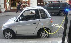 350px-Reva_charging
