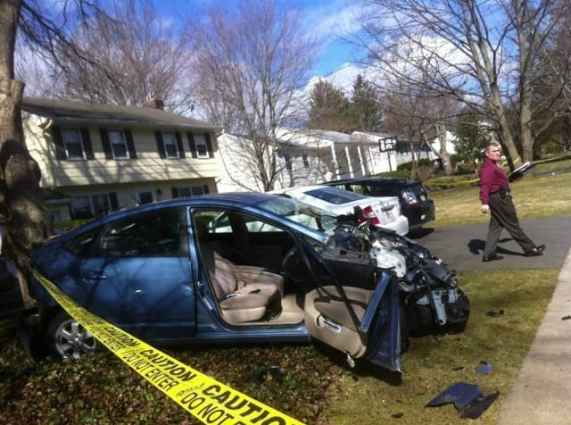 The accident on Riverside Dr. this morning killed one person and seriously injured two others. Photo by Lynn Irving.