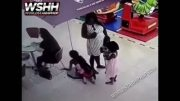 SMH: Mother Caught On Camera Helping Her Daughter Steal Someone's Purse!