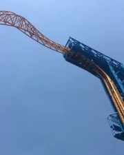 Imagine If This Gets Stuck: This Roller Coaster Is Crazy!