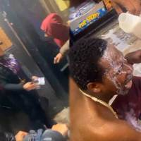 [:en]Learned His Lesson The Hard Way: Dude Gets Maced During An Argument With A Chick & Goes Crazy Inside A Store![:]