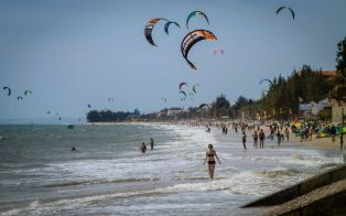 vietnam-tet-holiday-in-mui-ne-021