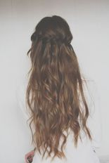 Hairstyles for long hair 21