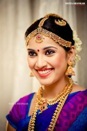 Traditional Indian wedding hairstyles 04