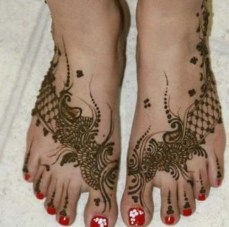 Mehendi designs for feet 06