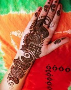 beautiful-mehndi-designs-27
