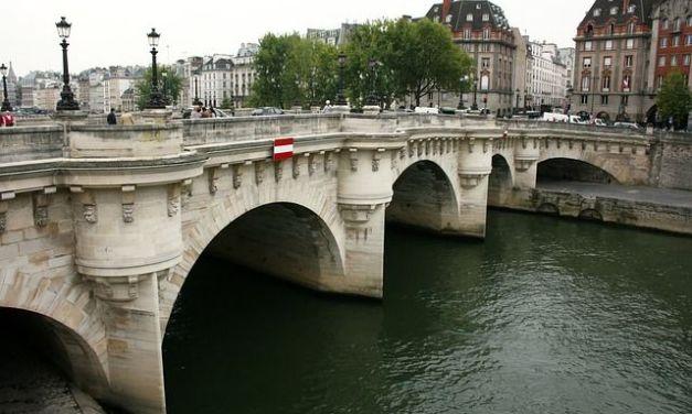Pasear por el Pont Neuf