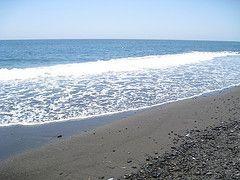 Visitar Santorini Playa Perivolos