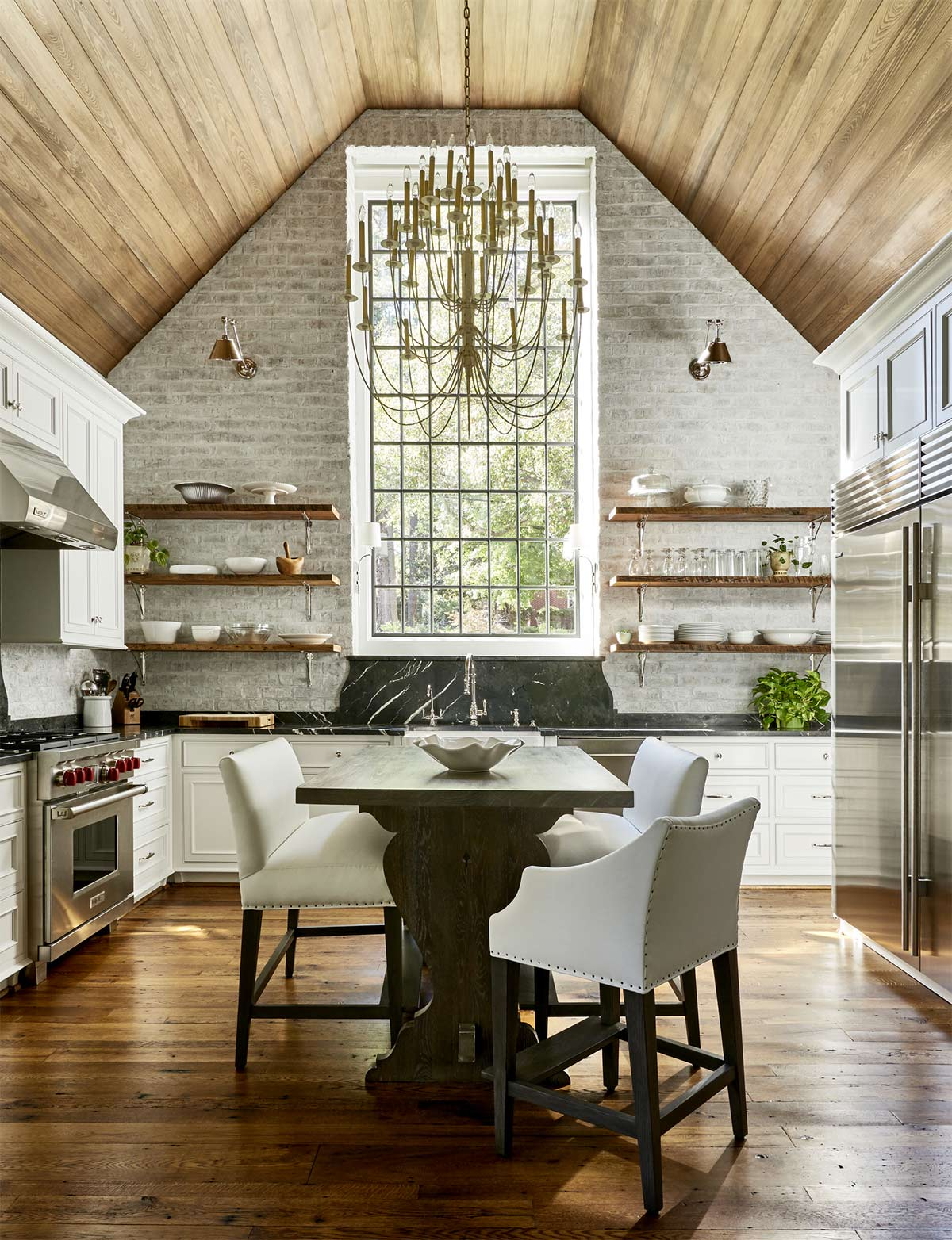 vaulted ceilings in the kitchen pros