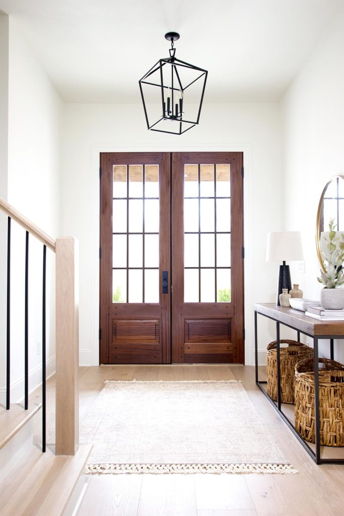 how to choose an entryway light fixture