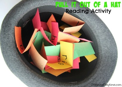 Cute Pull it out of a Hat Reading Activity for Kids.
