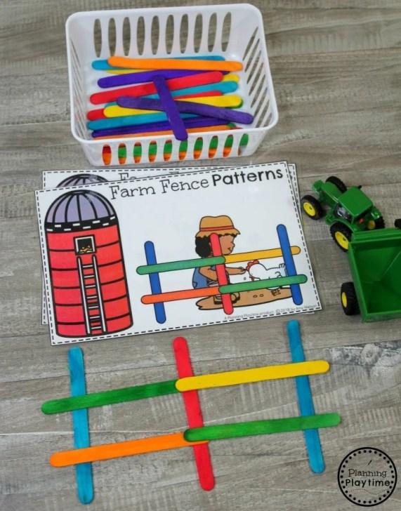 Preschool Farm Theme - Fun Preschool Pattern Building Game #preschool #farmtheme #springpreschool #preschoolgames #preschoolfun #preschoolpatterns