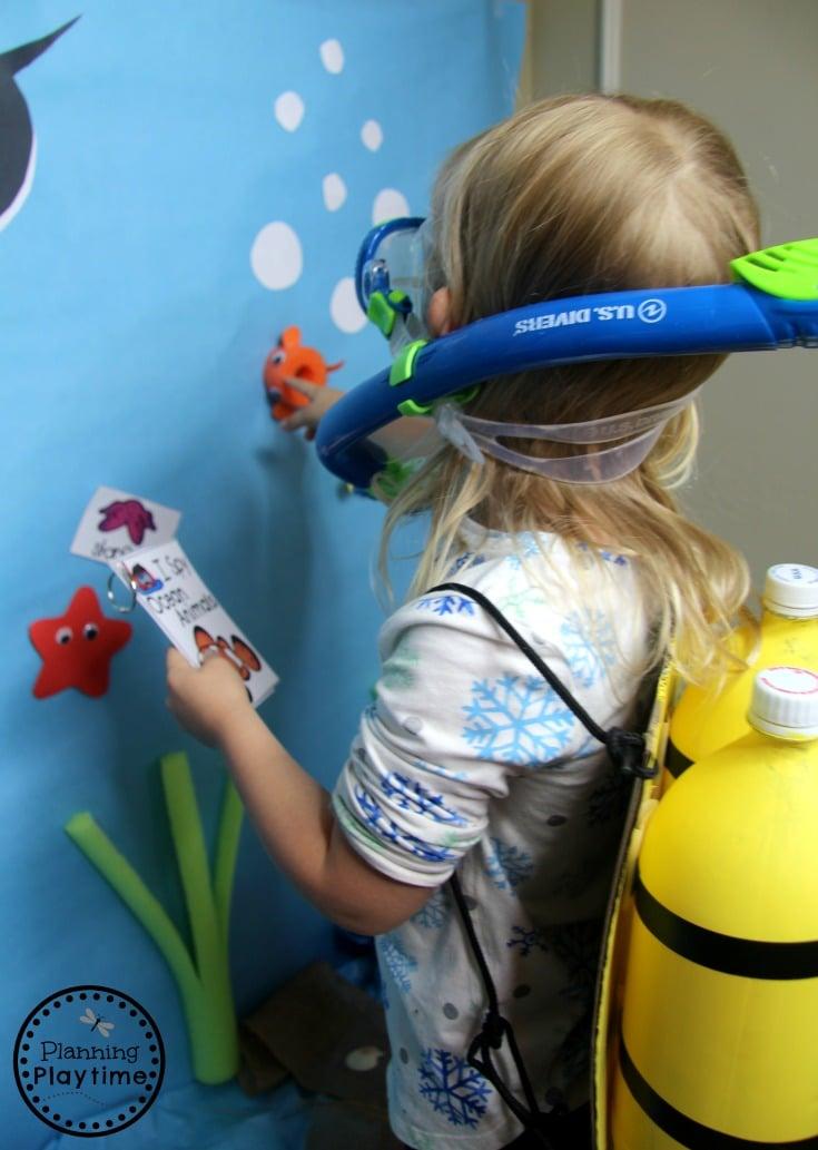 Preschool Dramatic Play Centers for an Ocean Theme - I spy Animals Wall #preschool #dramaticplay #underthesea #oceantheme