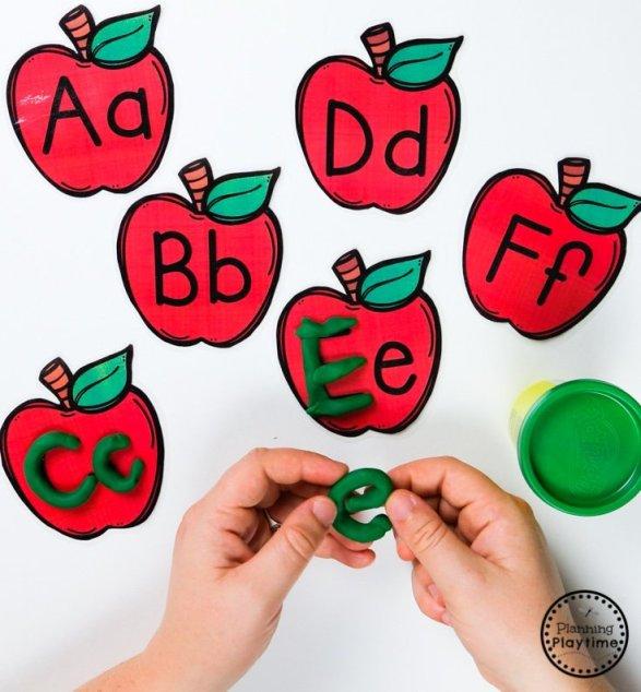 Alphabet Letter Cards - Preschool Apple Theme #preschool #preschoolworksheets #appletheme #planningplaytime