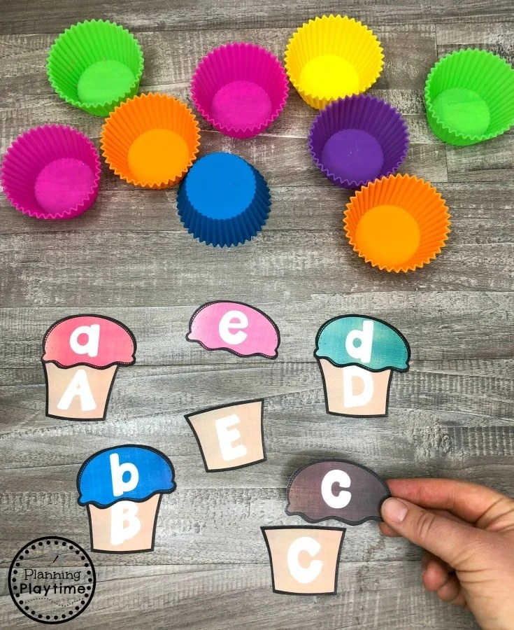 Preschool Letter Matching Game - Cupcakes Theme