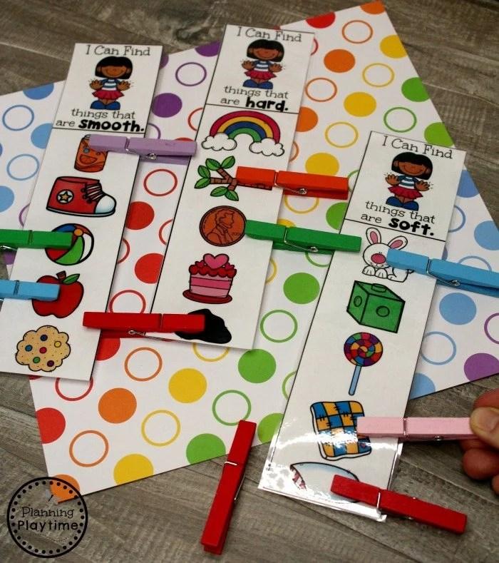 Sense of Touch Activity for Preschool - 5 Senses #5senses #preschoolthemes #preschoolcenters #planningplaytime