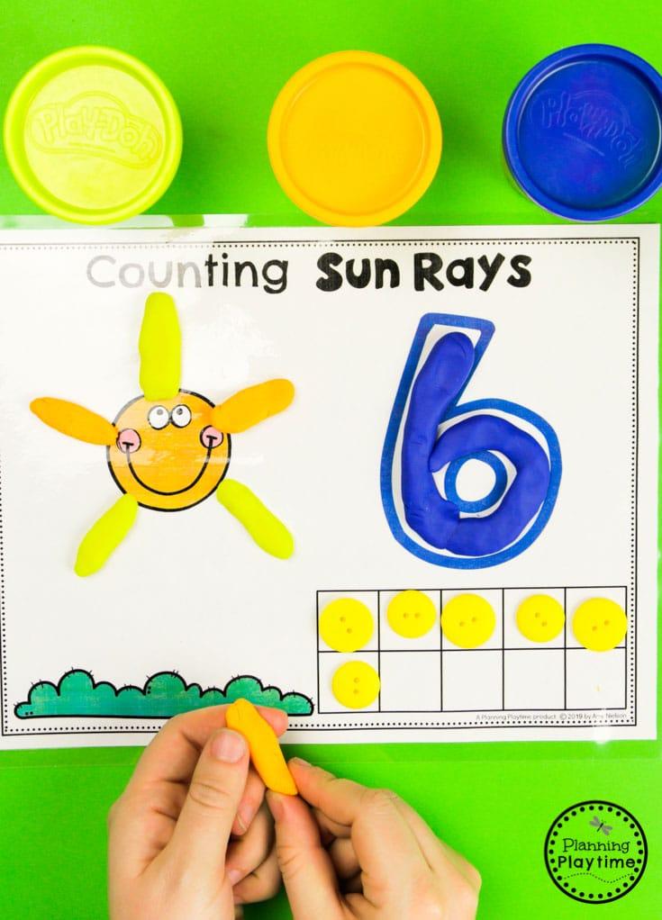 Preschool Weather Activities - Counting Mats #planningplaytime #weathertheme #preschoolactivities #preschoolworksheets #springworksheets