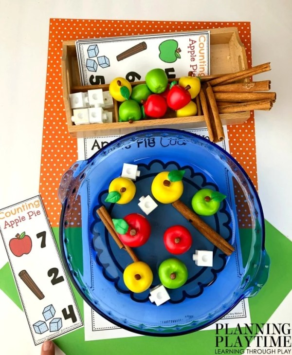 Fall Counting Mats for Preschool - Apple Pie Dramatic Play