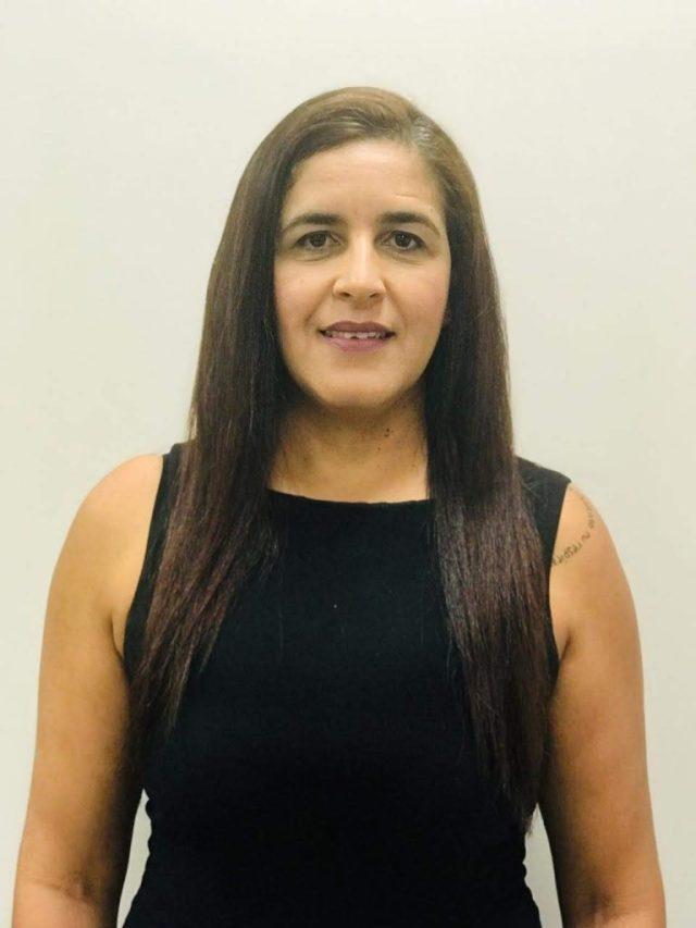 foto da Renata Paes Leme, corretora especializada em planos de saúde com quase 20 anos de experiência profissional