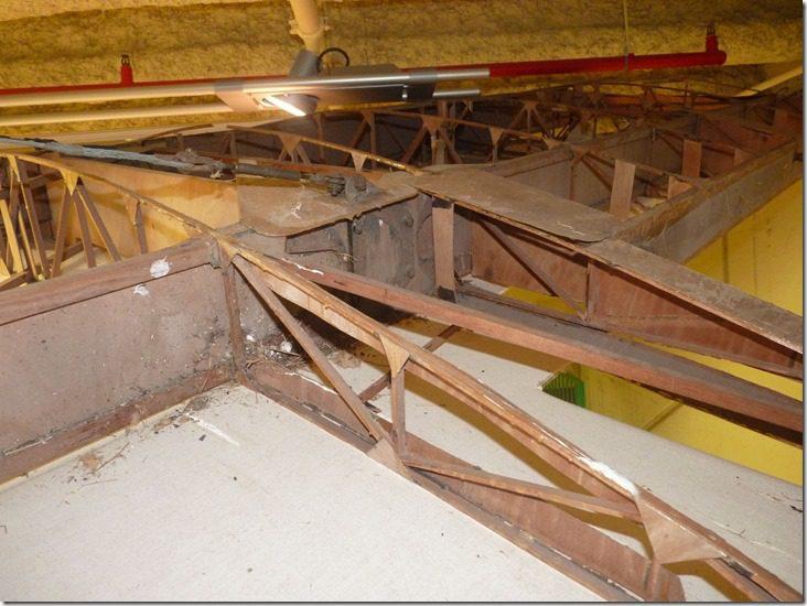 SG 38 grenier de l'aviation Nantes detail nervure aile 2