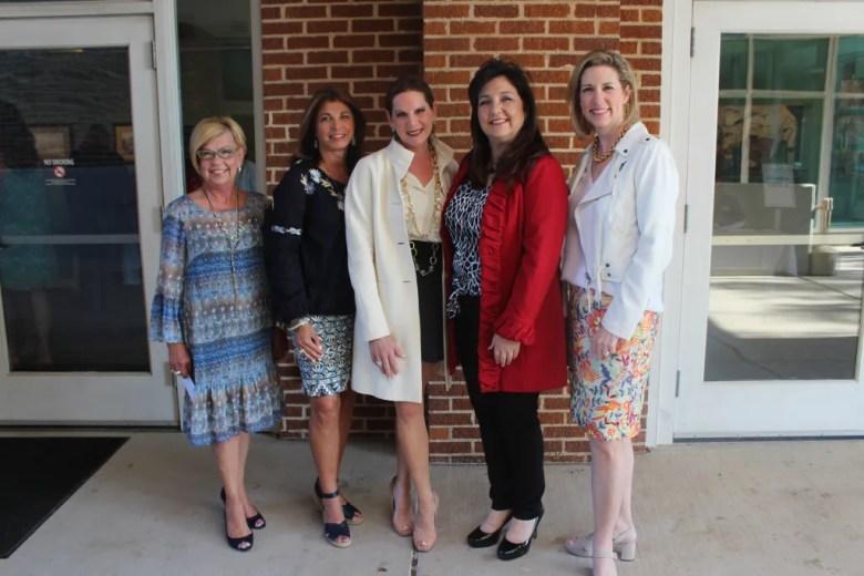 Plano Leadership member Lisa A. Raskin honored at courtyard Theater