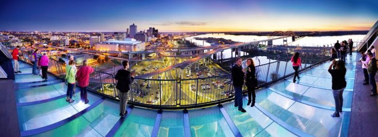 memphis-travel-on-banks-of-bluff-city