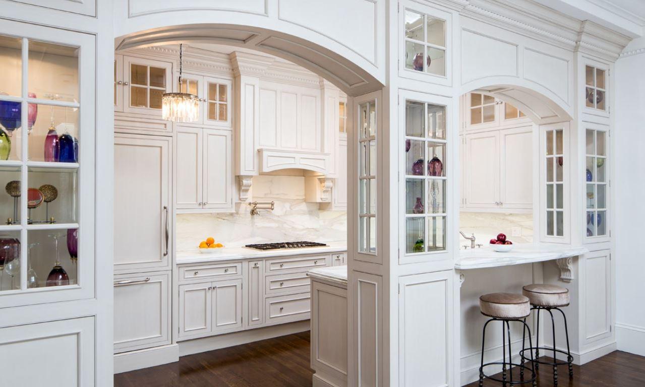cocina pequeña, arco en lugar de puerta