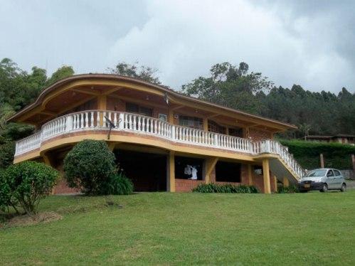 fachadas de casas campestres11