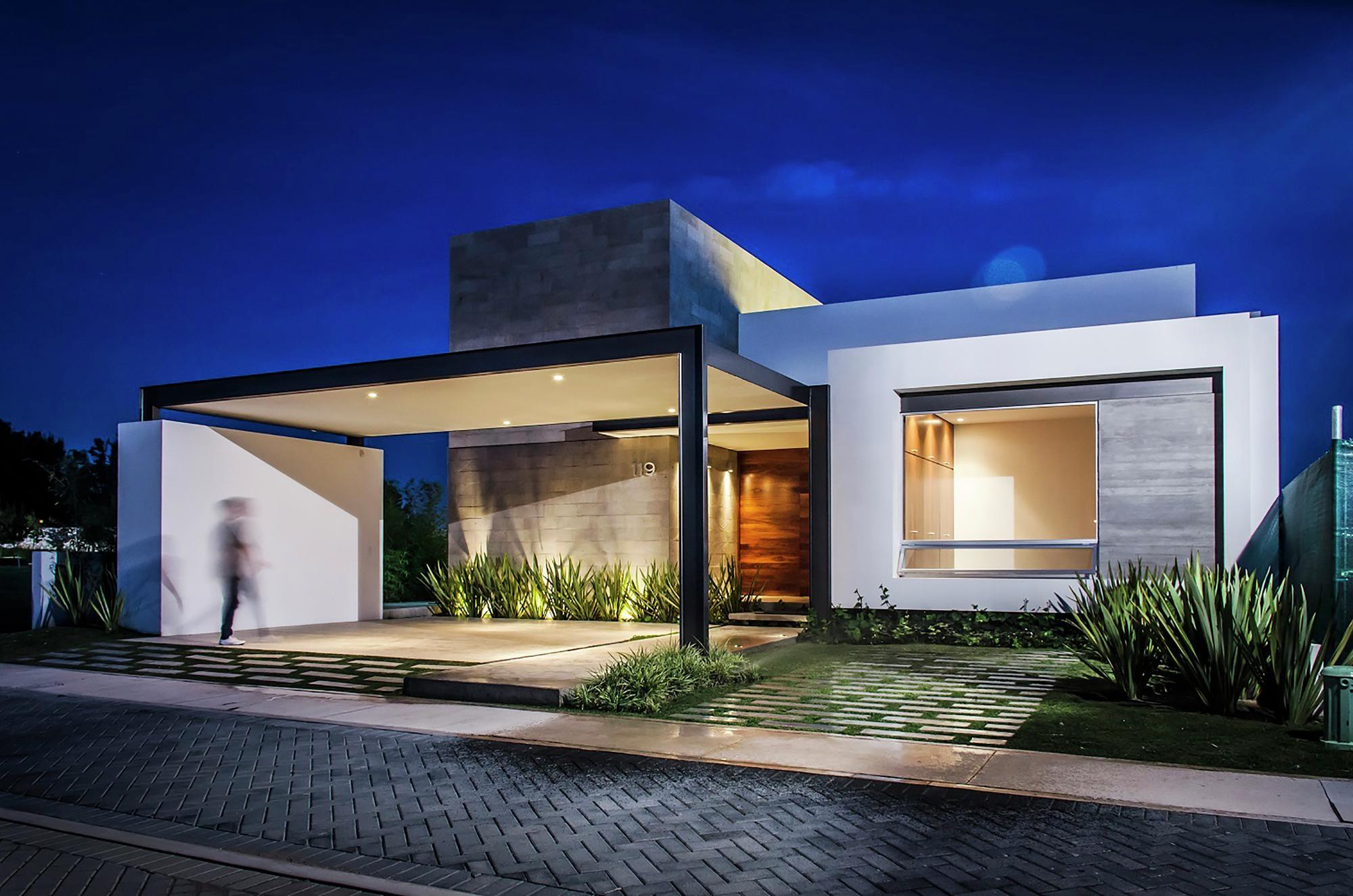 Fachadas de casas modernas de un piso planos y fachadas for Pisos elegantes para casas