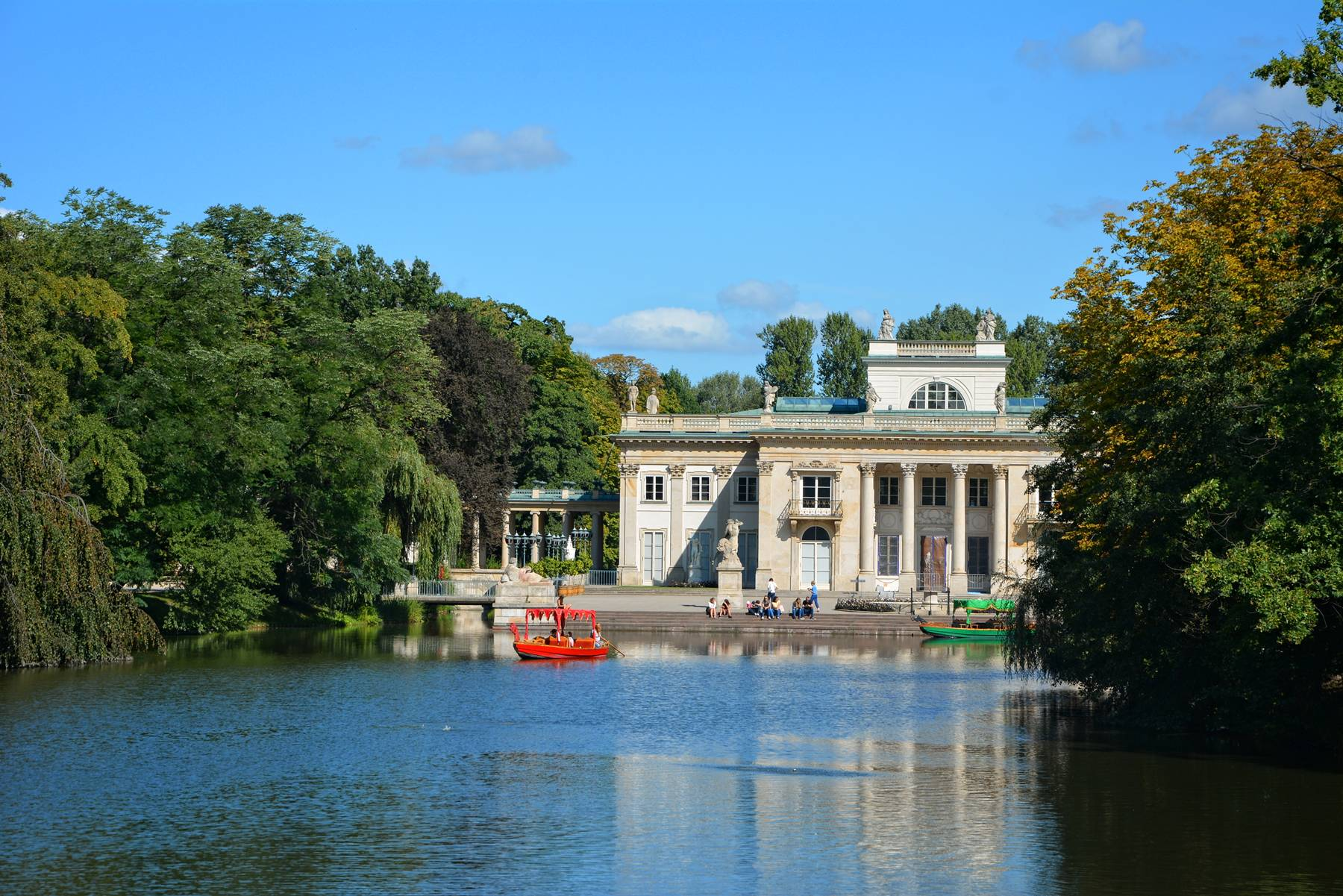 FROM MODLIN AIRPORT TO WARSAW lazienki royal gardens palace on water