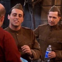 Autre grande star donnant la réplique à Joey : Gary Oldman dans la saison 7.