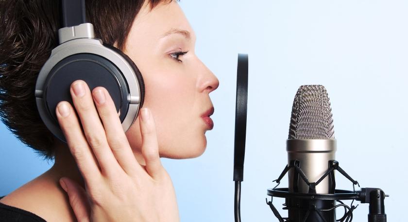 une voix parlée à enregistrer