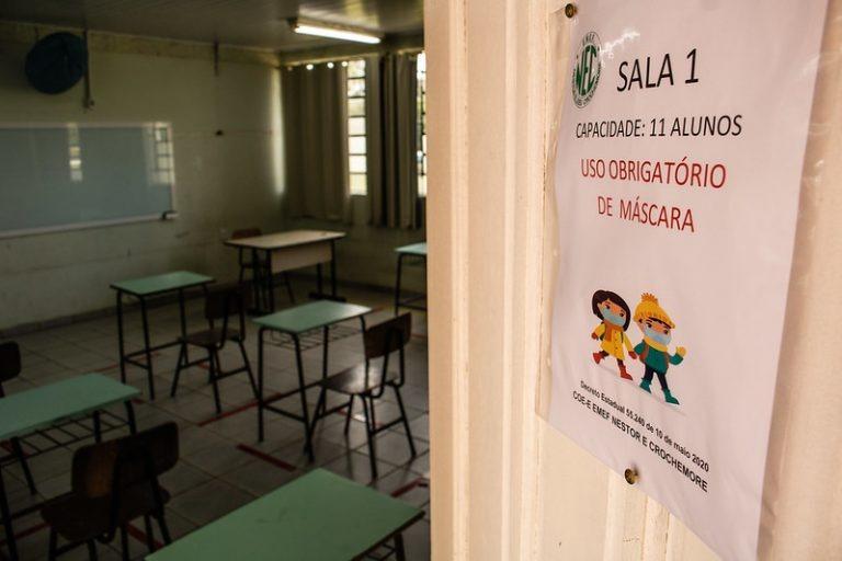 Projeto proíbe suspensão de aulas presenciais mesmo durante pandemia